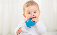 Diş çıkaran çocuğu ne rahatlatır?